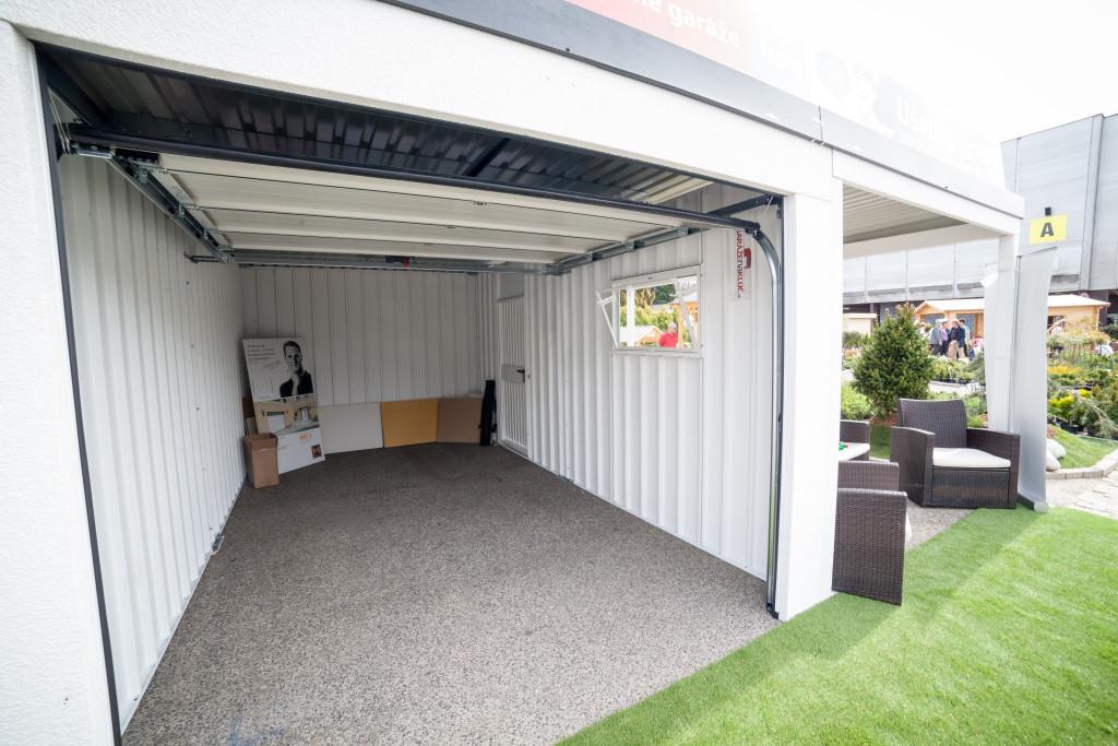 montovaná garáž na kľúč