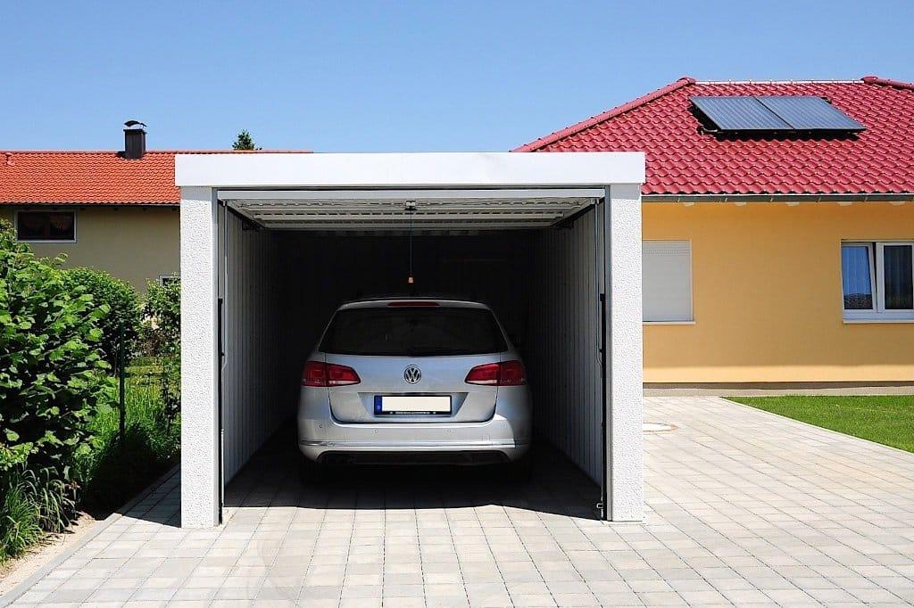 garáž pre jedno auto
