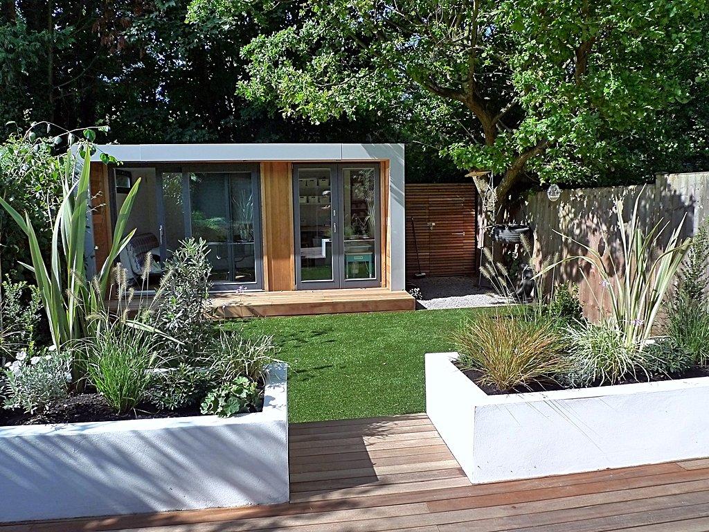 Z hradn dom ek s pr stre kom ako ho urobi praktick m for Great garden designers