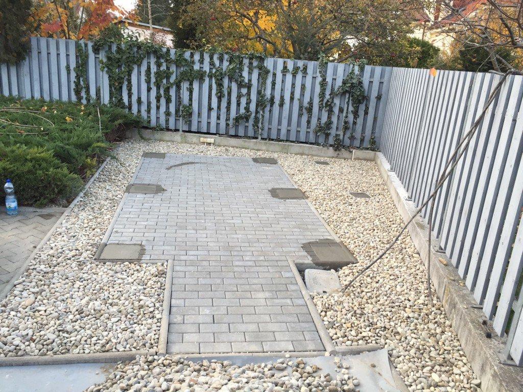 ako pripraviť podklad pod záhradný domček