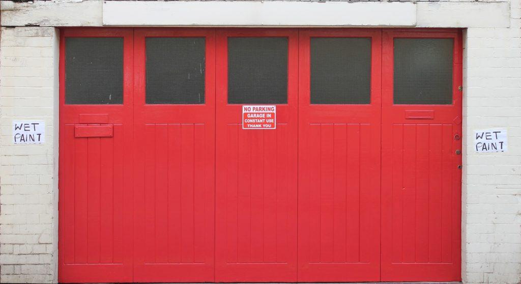 double-doors-1176533_1920