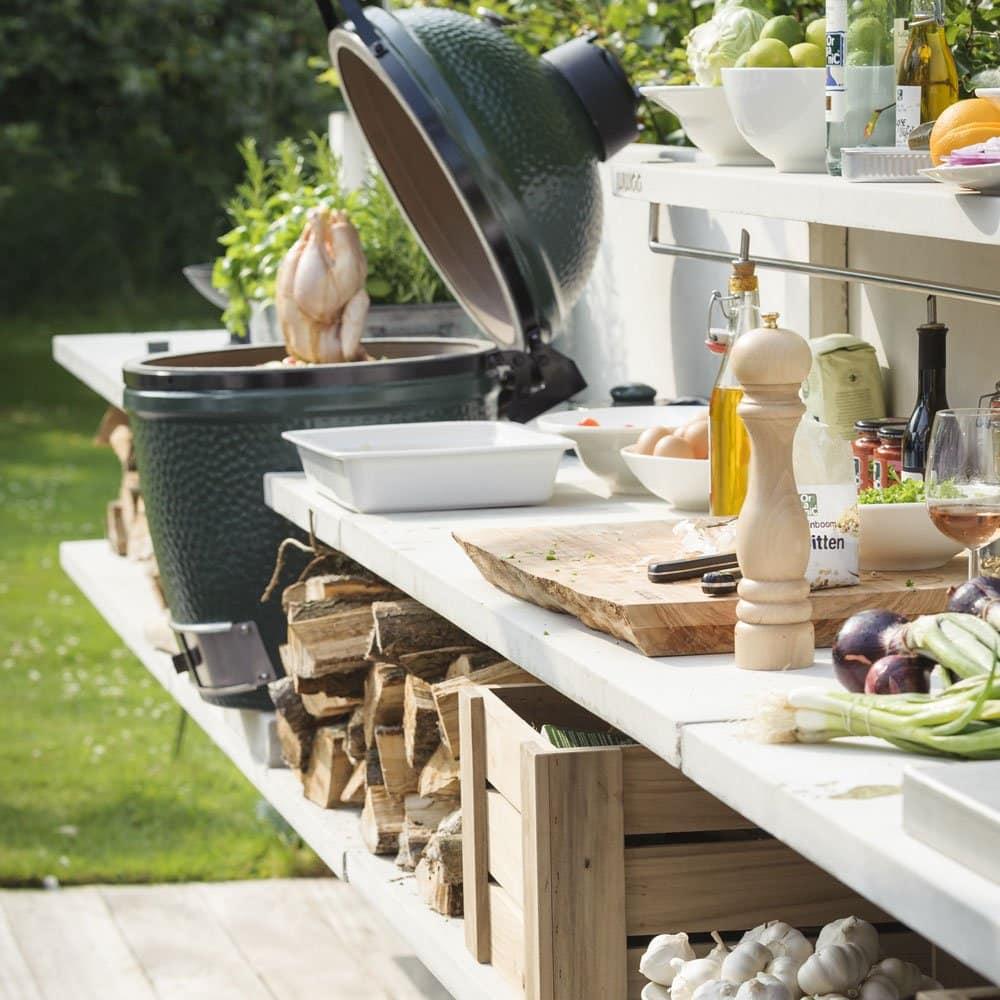 Kuchyňa v záhrade