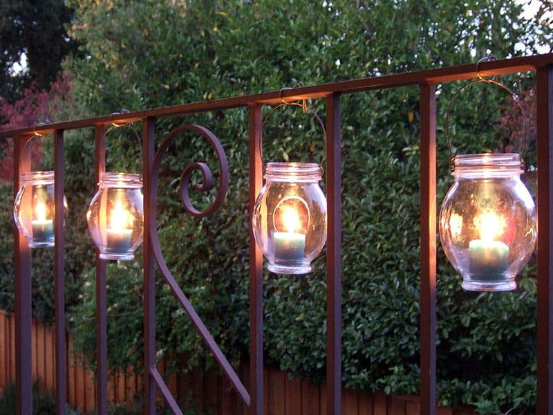 DIY osvetlenie na záhradu, sviečka vo fľaši