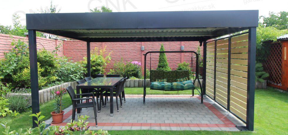 Moderná pergola na záhradné posedenie