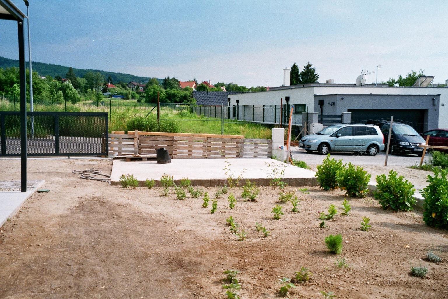 Betónová platňa ako podklad pod záhradný domček