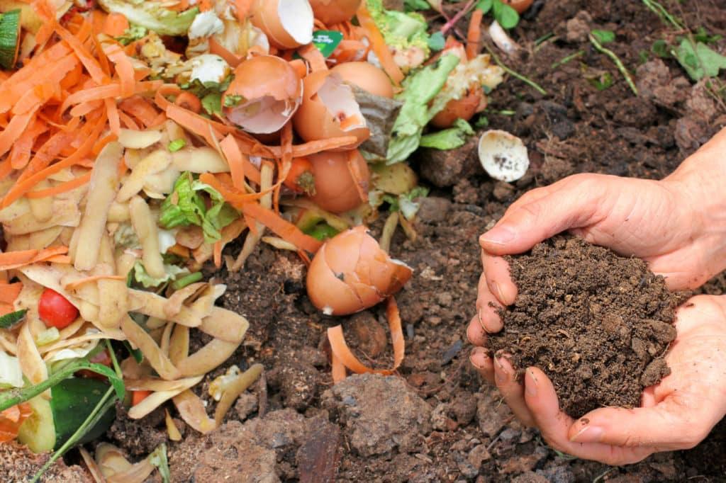 Kompostovanie zeleniny a odpadu z kuchyne