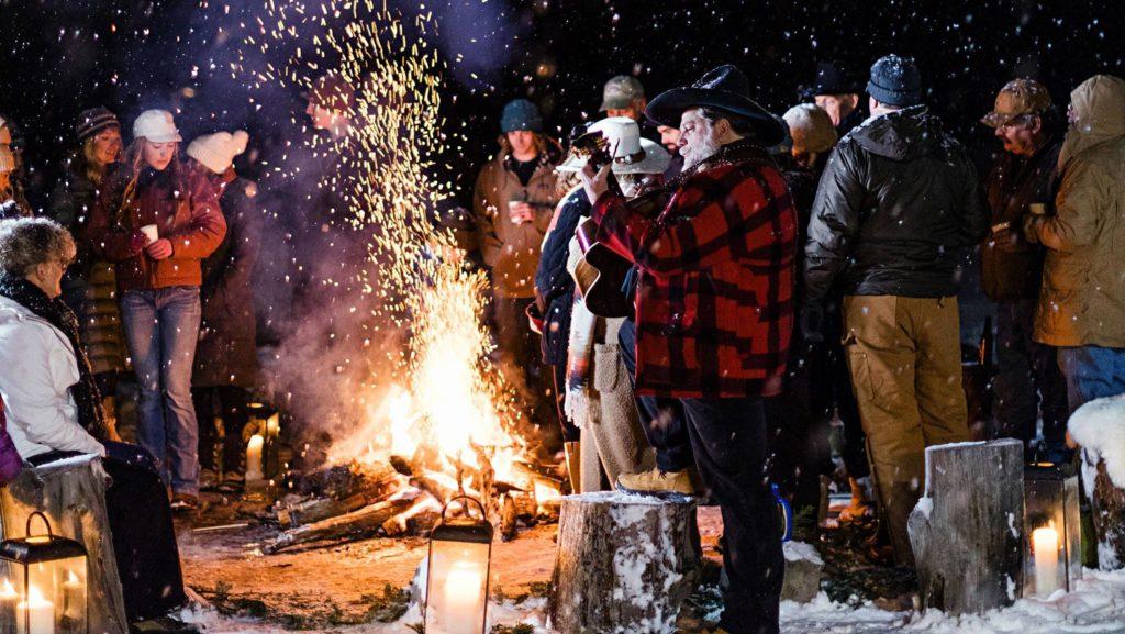 Zábava pri ohni