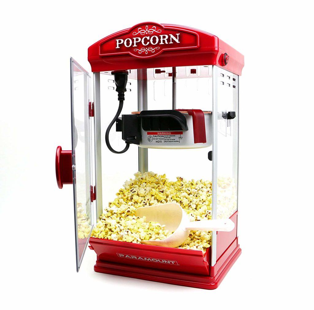 Stroj na popcorn v červenej farbe