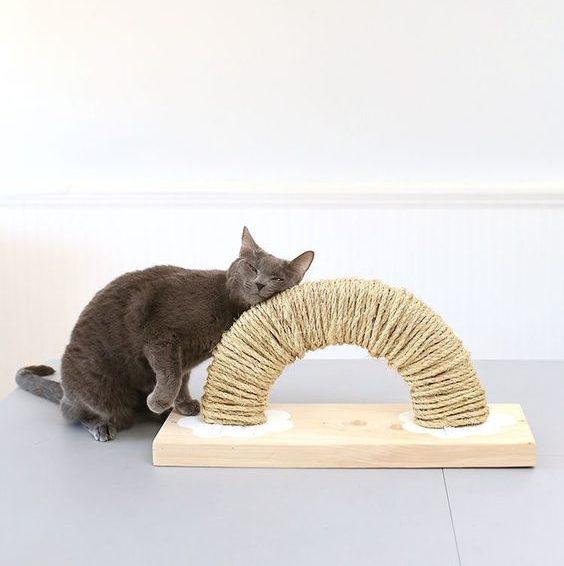 Škrabadlo pre mačku