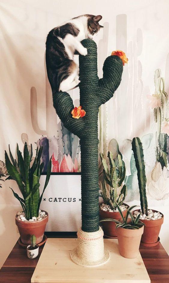Škrabadlo pre mačku v tvare kaktusu
