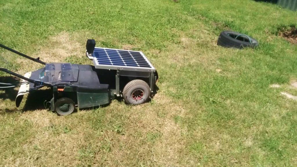 Kosačka na solárny pohon