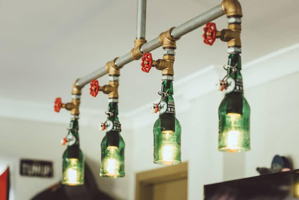 Osvetlenie zo starých fliaš