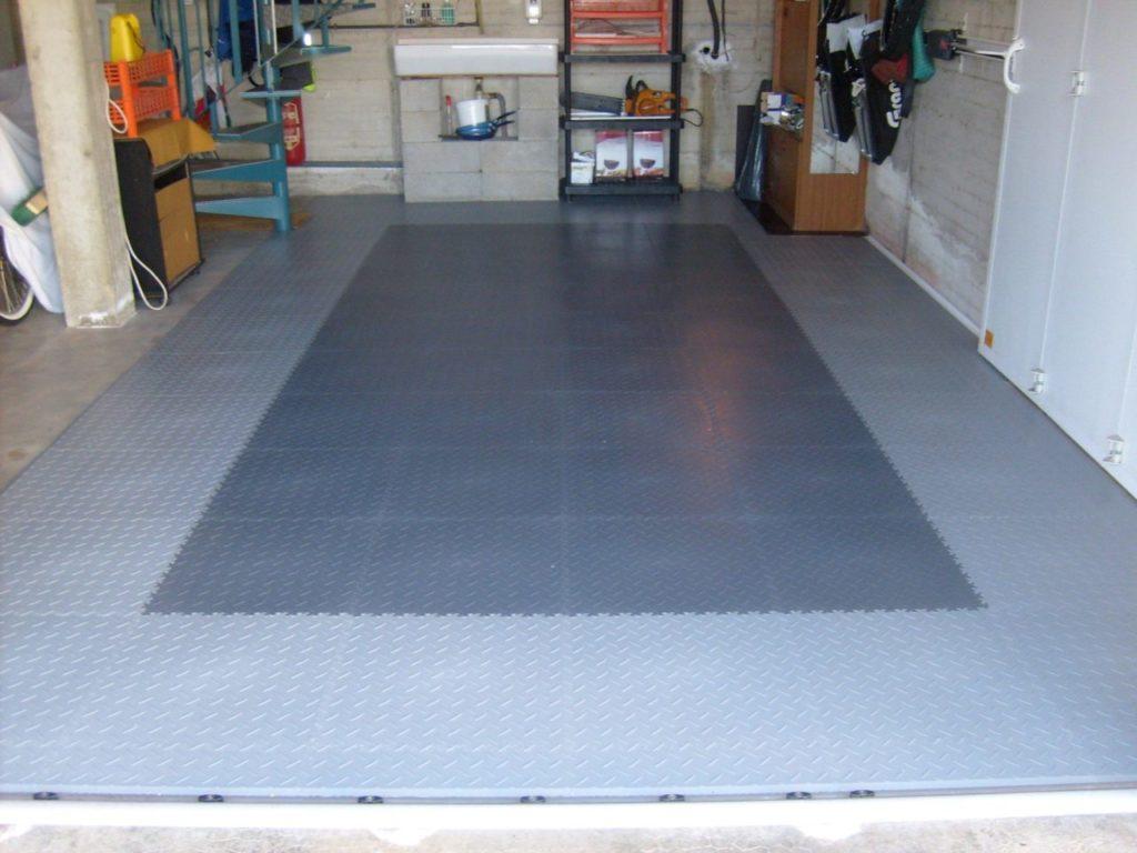 Kovová podlaha do garáže