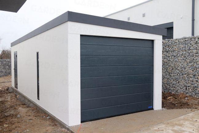 Montovaná garáž pre jedno auto pri plote