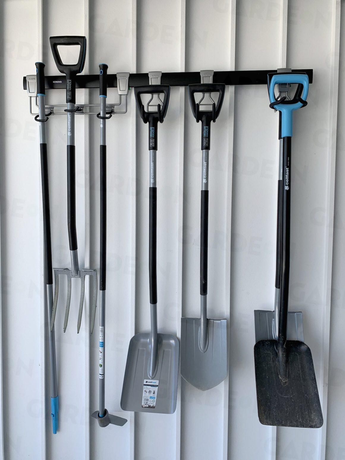 Závesné háky do garáže