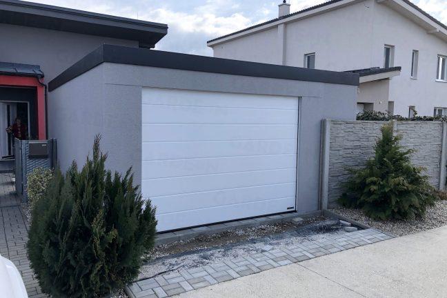 Montovaná garáž GARDEON v sivej omietke