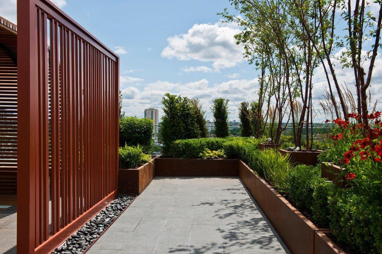 Drevený paravan do záhrady