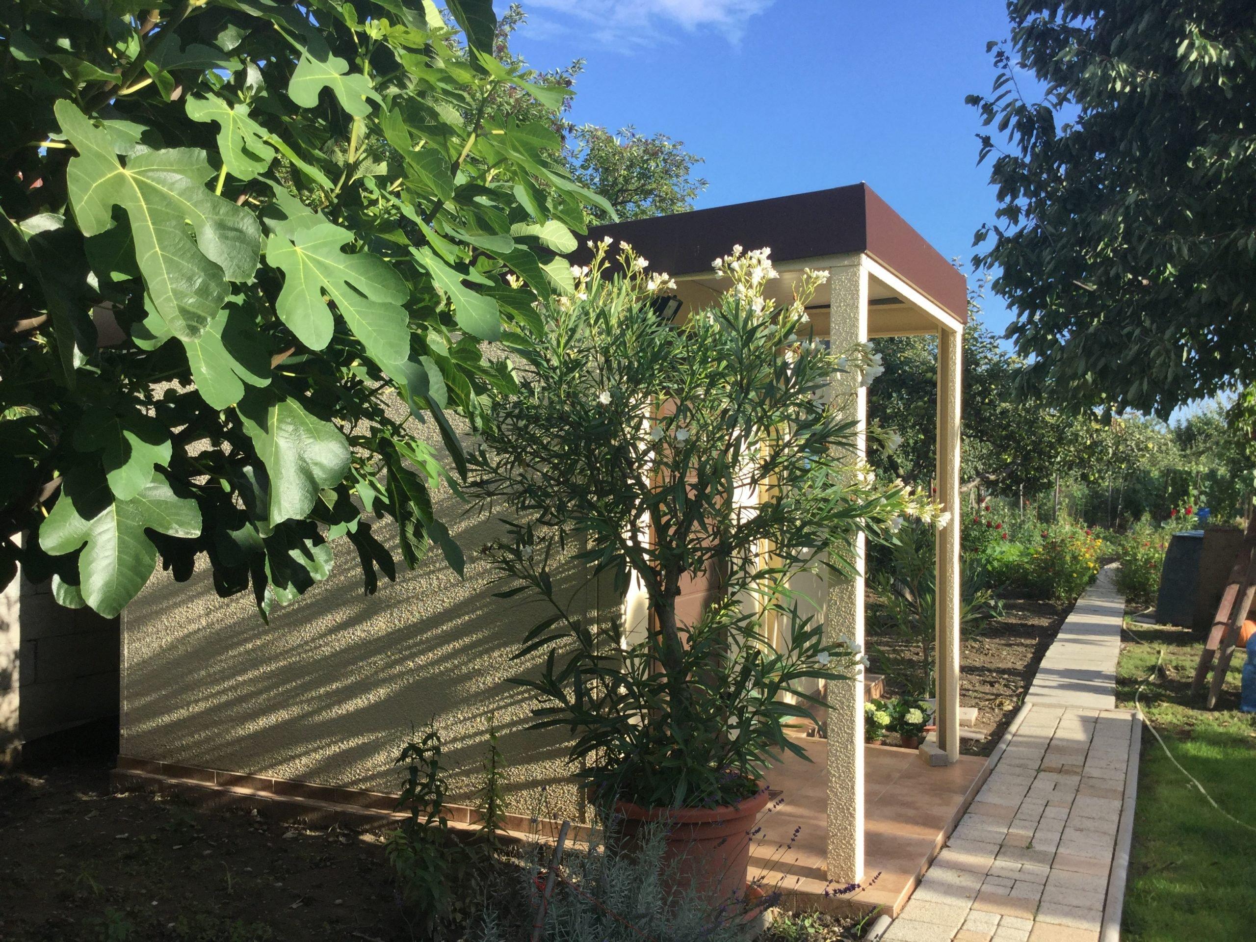 Vonkajšia časť záhradného domčeka