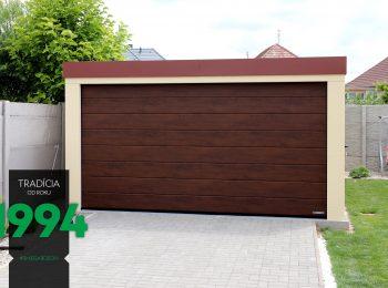 Predná časť garáže pre dve autá