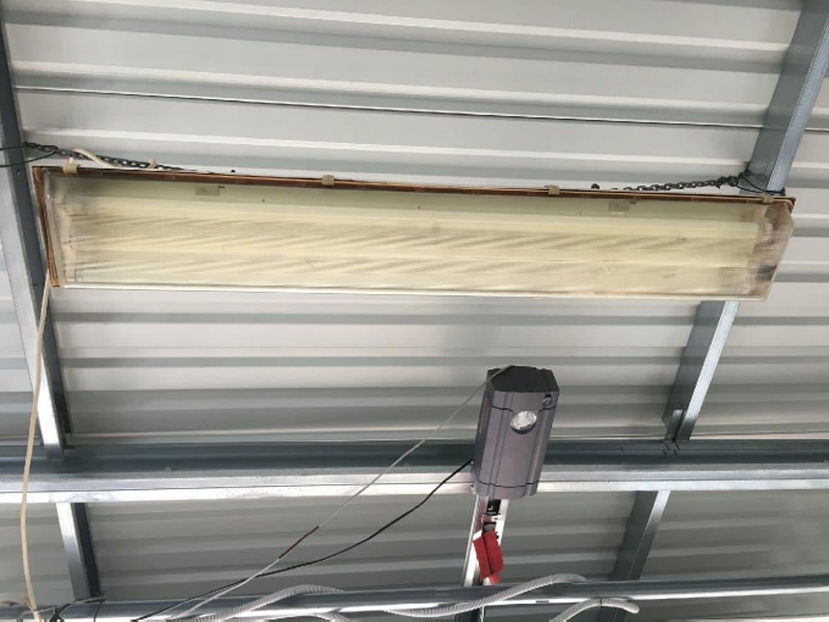 Strop garáže