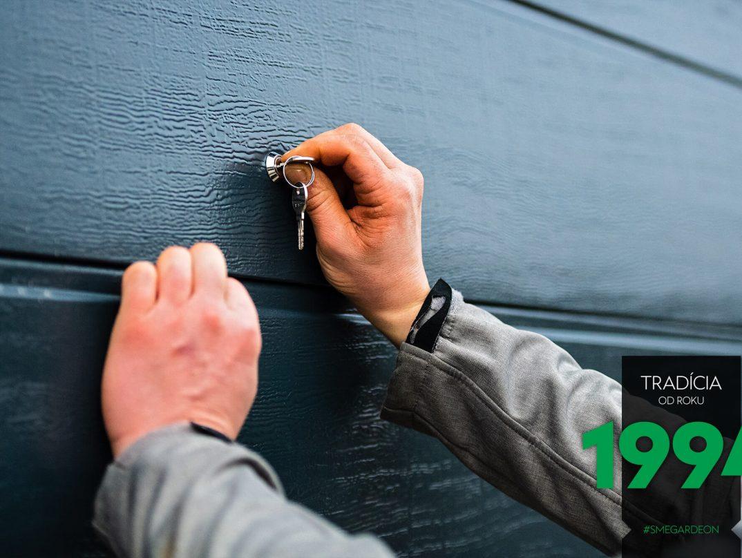 Kľúč na garážovej bráne