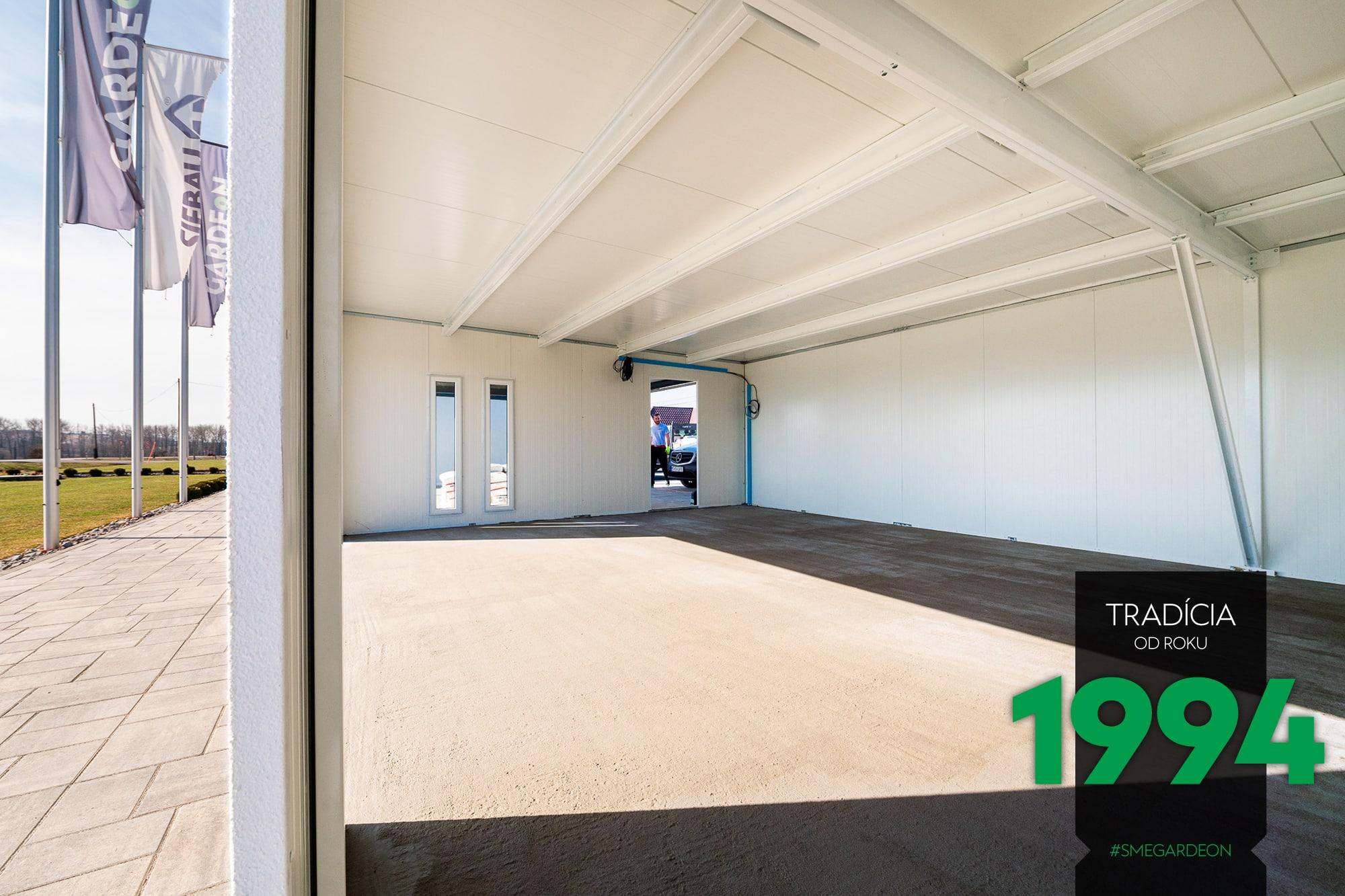 Atypická garáž v showroome GARDEON