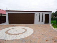 Moderná plechová garáž pre dve autá