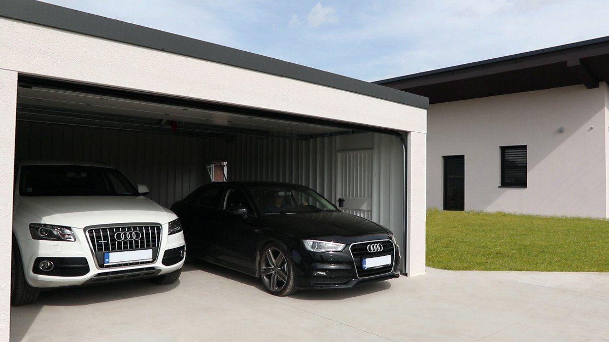 Dizajnová garáž pre dve autá s pultovou strechou