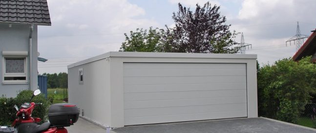 Montovaná dvojgaráž s pultovou strechou