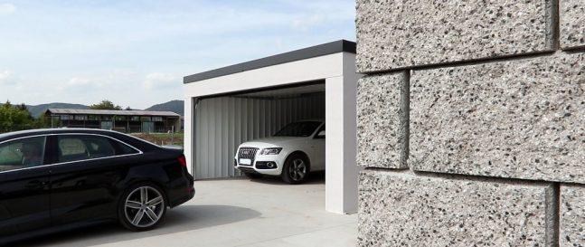 Moderná garáž pre dve autá