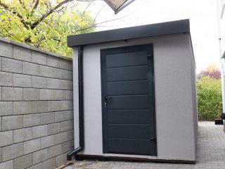 Menší záhradný domček GARDEON v sivej omietke