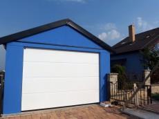 Moderná garáž pre jedno auto
