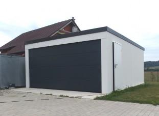 Dizajnová dvojgaráž s pultovou strechou