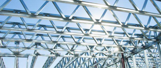 Oceľová konštrukcia sedlovej strechy