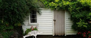 4 kroky, ako navrátiť šarm vášmu záhradnému domčeku