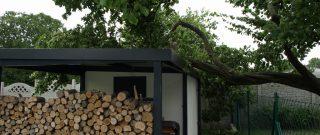 Aký pevný je montovaný domček? Reálna skúška živlov