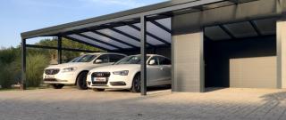 Prístrešok pre auto – svojpomocne alebo cez firmu?