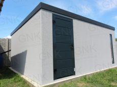 Moderný záhradný domček s dverami Hormann LPU40