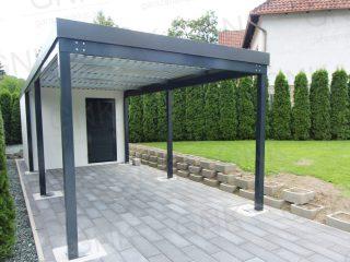 Záhradný domček s prístreškom pre auto v RAL 7016