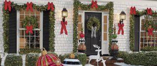 Ako vianočne naladiť záhradný domček ajeho okolie