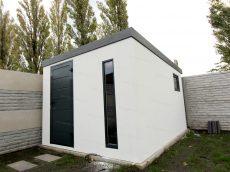 Záhradný domček na náradie s dverami Hormann LPU40