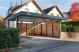 Inšpiratívne záhradky našich zákazníkov (3. časť) – montované prístrešky nielen pre auto