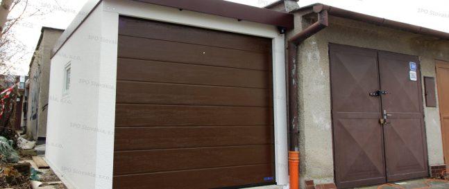 Garáž pre jedno auto GARDEON pri betónovej garáži