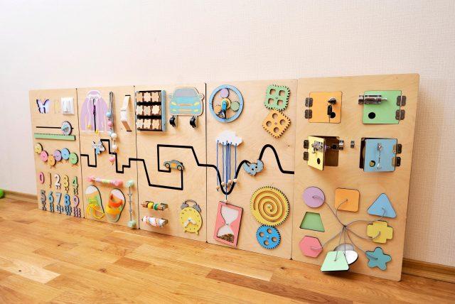 Motessori drevená stena pre deti