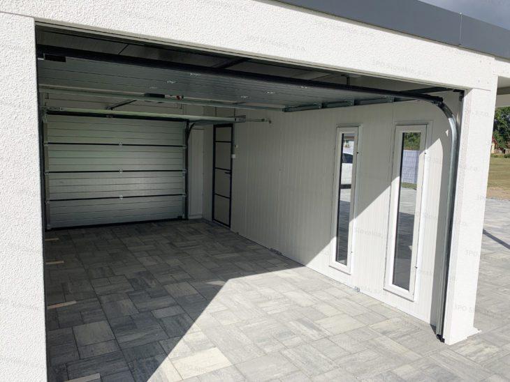 Vnútro izolovanej garáže GARDEON