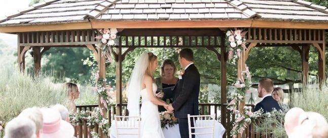 Svadba v altánku