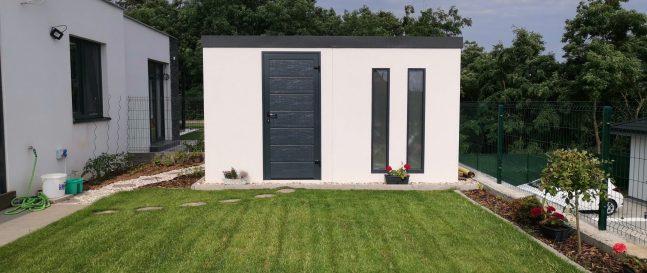 Záhradný domček s rovnou strechou