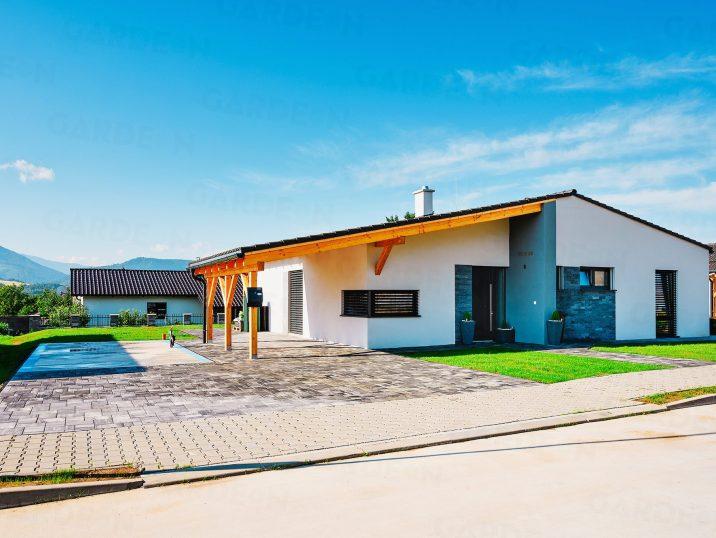 Rodinný dom s betónovou platňou